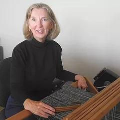 Paula Lamont Bio